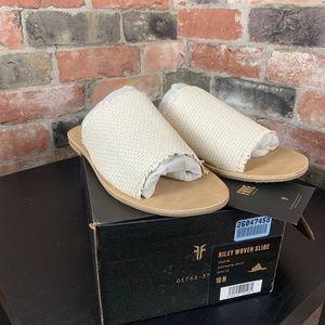 FRYE Womens Riley Woven Slide Sneaker